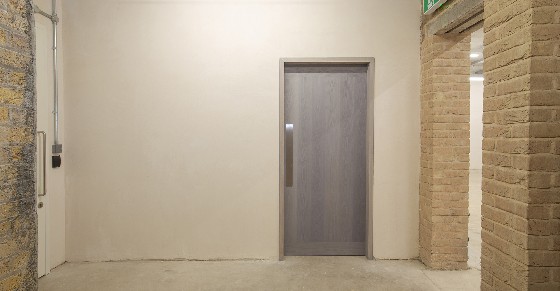 Doorview_veneered_fire_doors